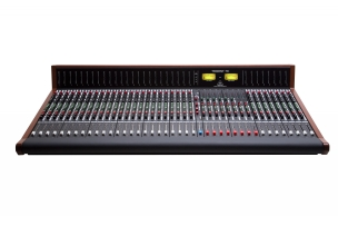 <h5>Trident 78 Console</h5><p>32 Channel with LED Meter Bridge																																																																																				</p>